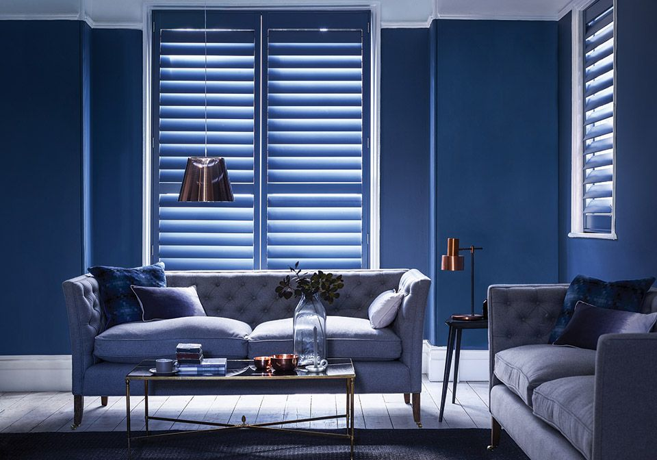 Perfectly flowing room with tall 89mm shutters