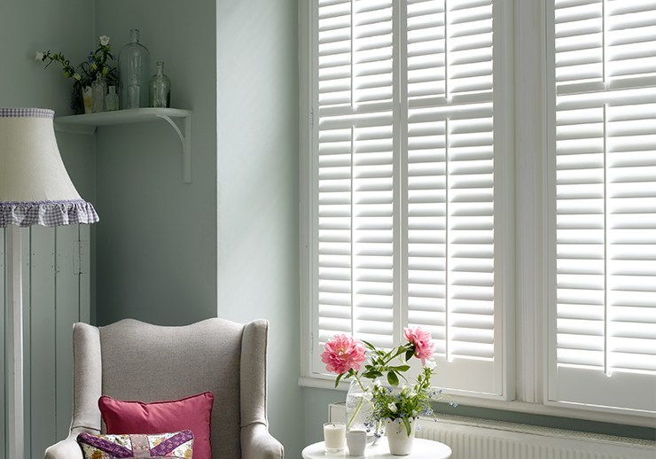 Window Shutters Cafe Style Solid Wood Or Polyvinyl California Shutters